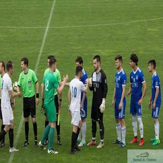 "Fotbal : Universitatea Craiova a ""stins"" Flacara! Universitatea Craiova - Flacara Horezu 4-0 1"
