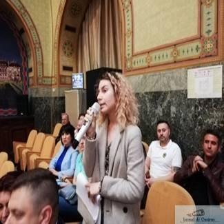 Elevii au de asteptat ! Autoritatile nu ofera transport gratuit elevilor din Craiova.