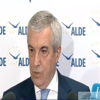 Tariceanu si-a anuntat demisia de la sefia Senatului in Biroul Permanent
