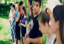 Consiliul National al Elevilor protesteaza in prima zi de scoala: Doliu pentru educatie