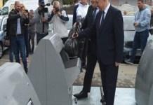 Amenajarea primei platforme pe care sunt instalate containerele ingropate destinate colectarii deseurilor in Craiova a fost finalizata