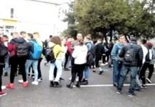 Video : Continua protestele la Colegiul Stefan Odobleja ..