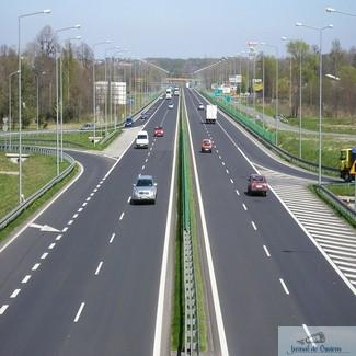 Ce firme si-au depus ofertele pentru proiectarea si executia tronsoanelor 3 si 4 ale Drumului Expres Craiova-Pitesti