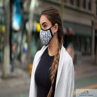 """Primul judet unde masca devine obligatorie in aer liber. Amenzile se vor aplica """"la cuantumul maxim"""""""