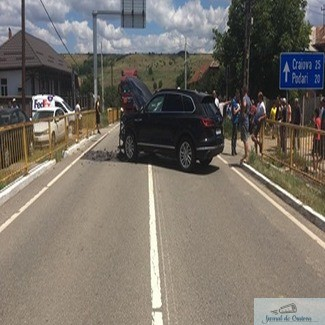 Accident rutier la Radovan! O femeie a fost transportată la spital de un echipaj SMURD