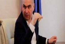 Bolojan obligă primarii din județul Bihor să îi scoată pe asistații social la curățenie.