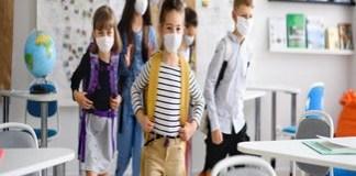 Efectul redeschiderii şcolilor asupra pandemiei: A crescut numărul de cazuri în rândul copiilor