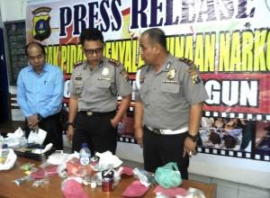Foto: Kapolres Simalungun AKBP. Yofie Girianto Putro, SIK saat Press Release