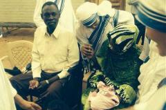 Sudaneza condamnată la moarte pentru că a renunţat la Islam, arestată la 24 de ore după ce fusese eliberată la presiunea comunităţii internaţionale