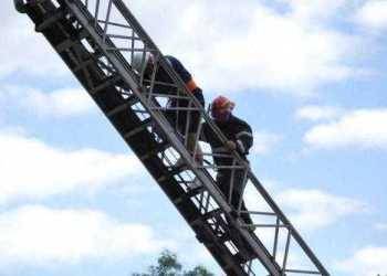 pompieri baiat