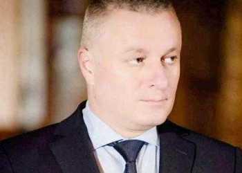 3 Nicolaescu