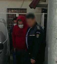 Hoții de mașini din Moșoaia la închisoare pentru 30 de zile 16