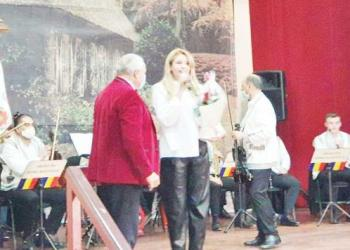 Muzica şi dansul autentic româneşti, readuse pe scena de la Bascov 4