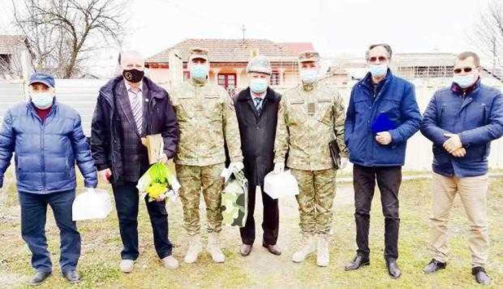 """Veteranul de război Toma Duminică de la Stolnici, ajuns la 100 de ani: """"Tată... războiul e frumos să te uiţi la el, nu să lupţi!"""" 3"""