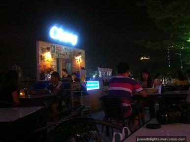 Ambience; Top View Seafood & Beer Garden, Bangkok