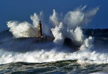 Wave Hitting Lighthouse