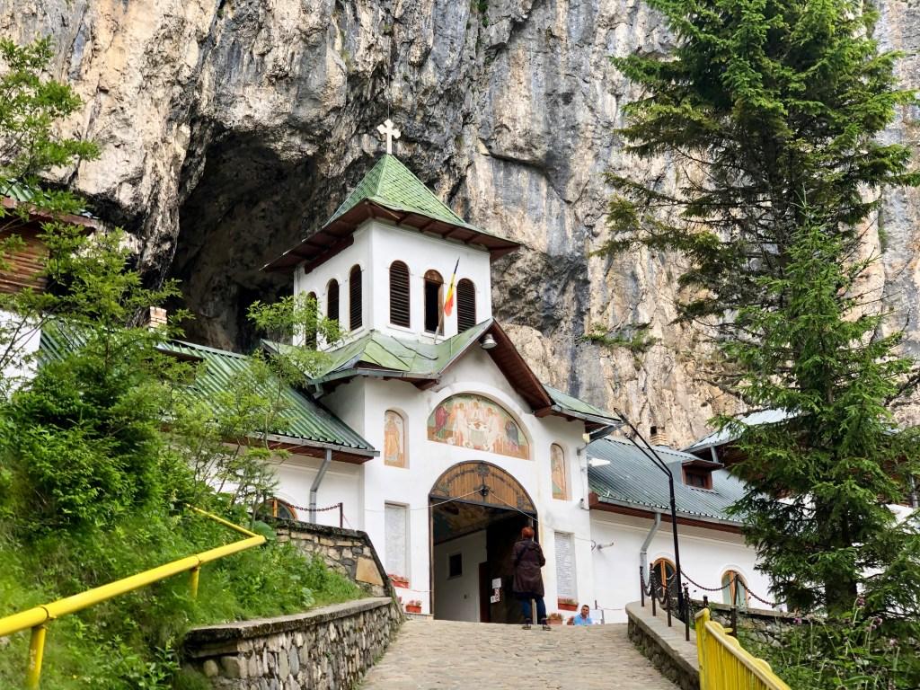 Ialomita Höhle mit Kirche Rumänien
