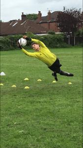 goalkeeper-coaching-in-tameside