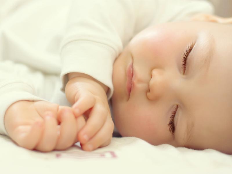 Come far dormire il neonato durante la notte
