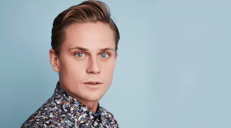 Billy Magnussen rejoint le casting de Tell Me A Story