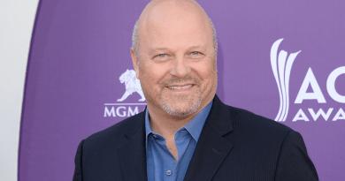 Michael Chiklis rejoint la distribution du pilote de Murder pour CBS