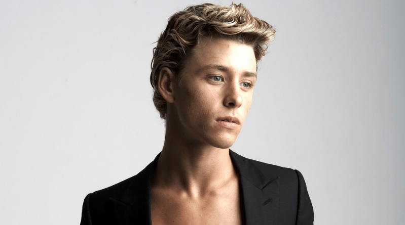 Mitch Hewer - Just About TV