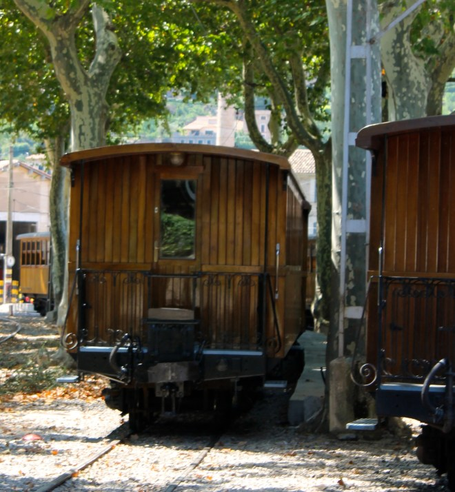 Old, wooden coach used on trip to Soller