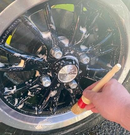 zirconite_wheel_cleaner_1