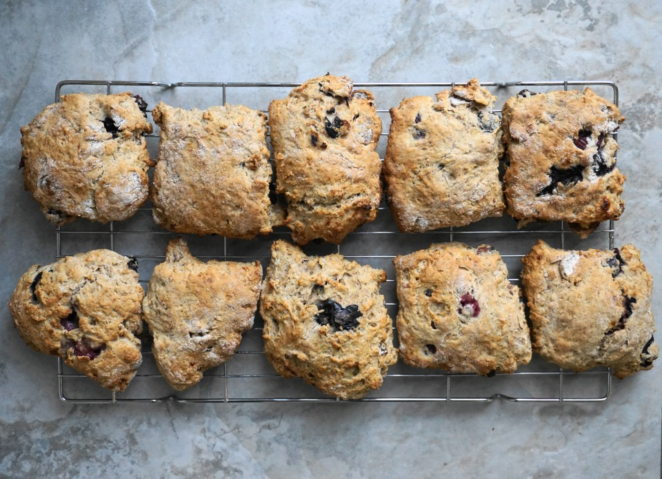 Banana banana blueberry scone 1