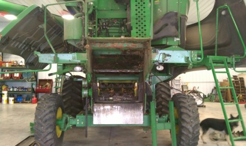 Replacing fuel tank in the combine