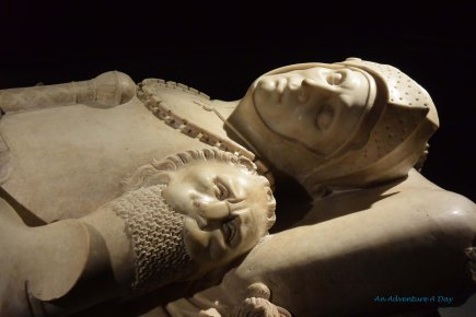 It was rumored that kissing the death mask of this knight would result in marriage.