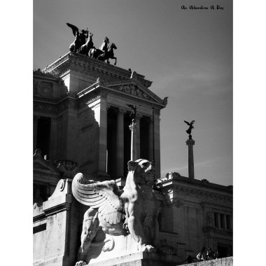 I love the Rome's Vittoriano. I think it's a lovely building to photograph!