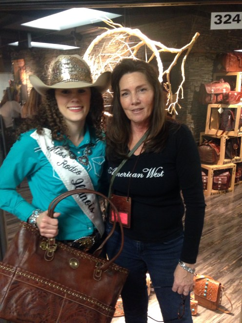Miss Rodeo Illinois with Cee Cee of American West, a MRI supporter.