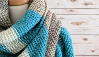 Crochet Triangle Shawl Pattern - Free Crochet Pattern by Just Be Crafty