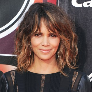 LOS ANGELES, CA - JULY 15: Actress Halle Berry arrives at The 2015 ESPYS at Microsoft Theater on July 15, 2015 in Los Angeles, California. (Photo by Jon Kopaloff/FilmMagic)