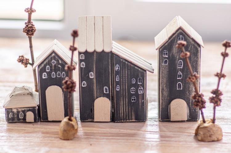 wooden model house decorations