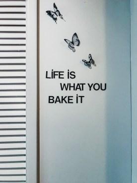 Quote aan de muur