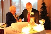 Pop Pop wedding cake cut