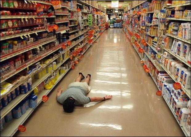 supermarket aisle planking
