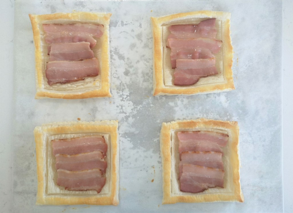 Bacon cooked puff pastry tarts