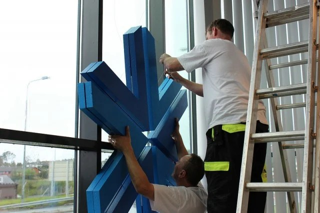 Installing The Appex Signage