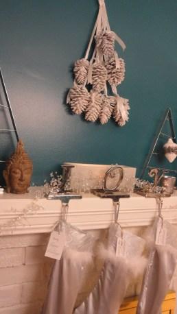 Utilizing room decor with Christmas decor theme