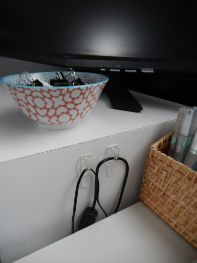 Pretty alternative office supplies organizer