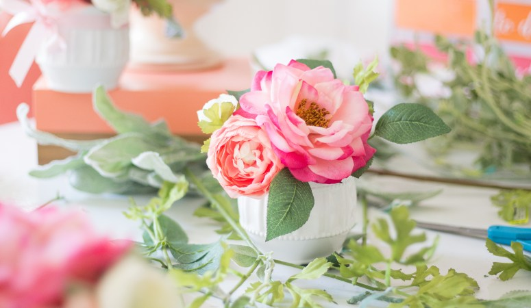DIY Mini Floral Arrangments