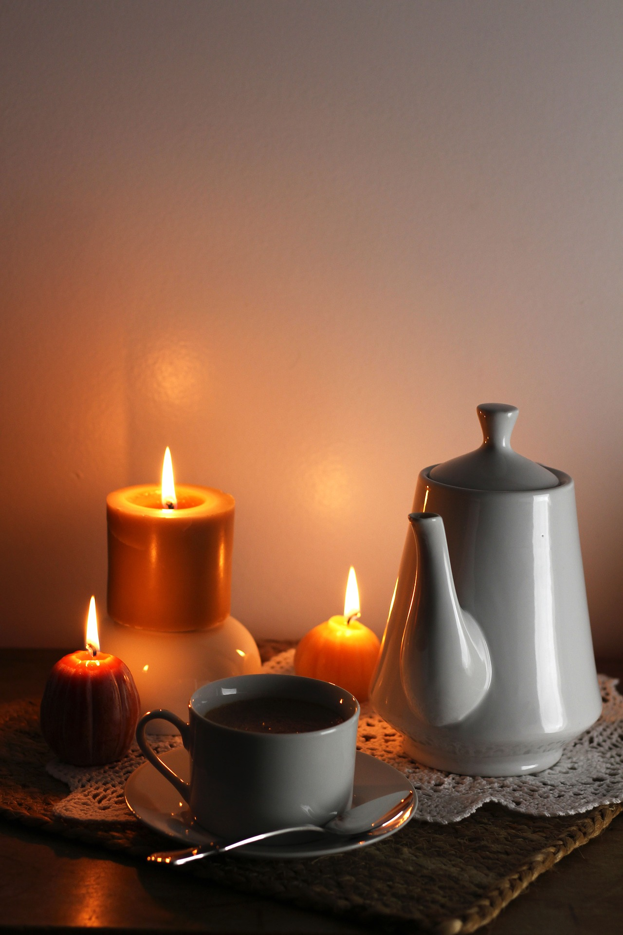 candles-2332674_1920