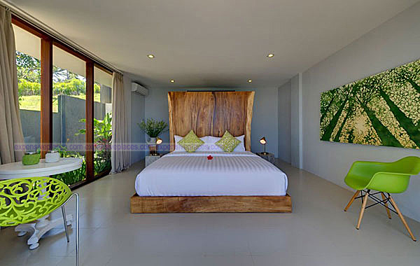 Malimbu Cliff Villa on Indonesia's Lombok Island (5)