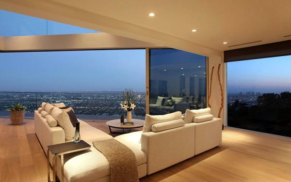 $3.65 mil Luxury Home for Sale in Los Angeles, California