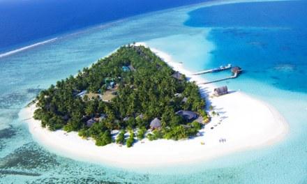 Gorgeous Angsana Velavaru Resort in Maldives