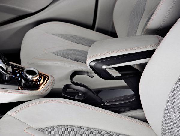 BMW Concept Active Tourer (7)