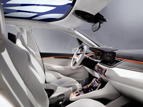 BMW Concept Active Tourer (6)